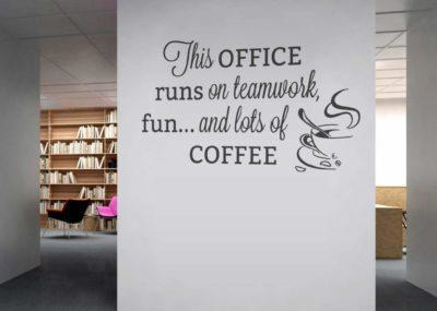 4 powody, dla których warto mieć ekspres do kawy w swoim miejscu pracy